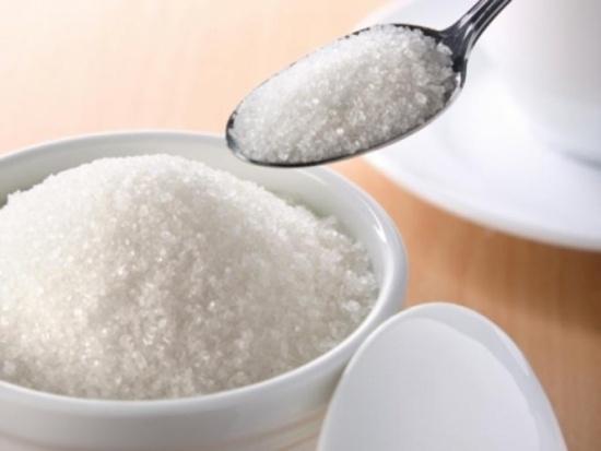 Sử dụng nhiều đường hoặc muối sẽ ảnh hưởng xấu đến hệ thống tĩnh mạch.